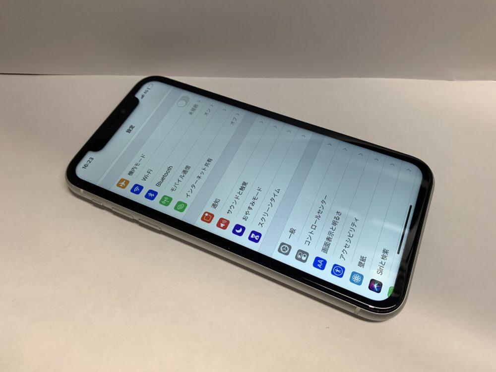 画面交換により無事に動作するようになったiPhoneXRの画像